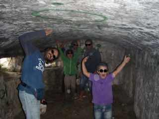618メノルカ島Menorca 洞窟中オール