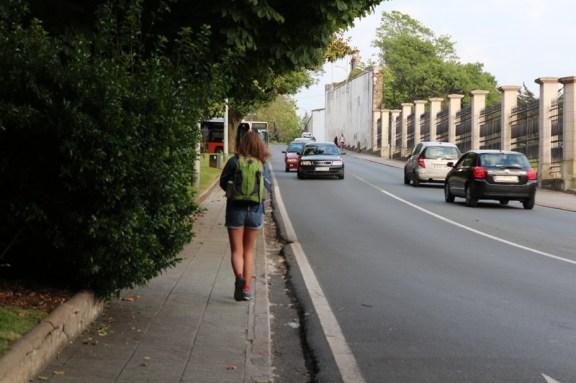 Rua dos Irmandiños, heading to Avenida Esteiro