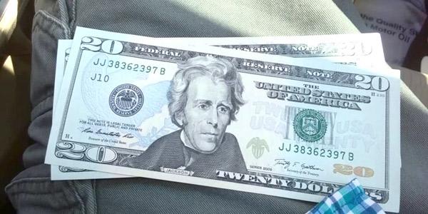 ¡Circulan billetes falsos!