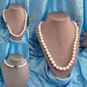SS 24 white pearls