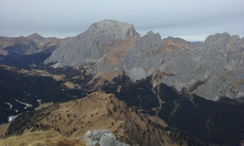 090 Il Monte Peralba visto dalla cima del Chiadin.53