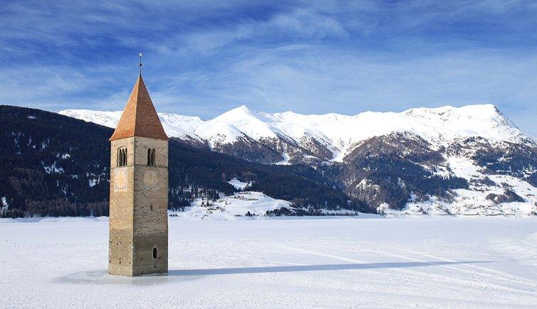 B-9454-graun-im-vinschgau-Reschensee-winter-curon-venosta-inverno
