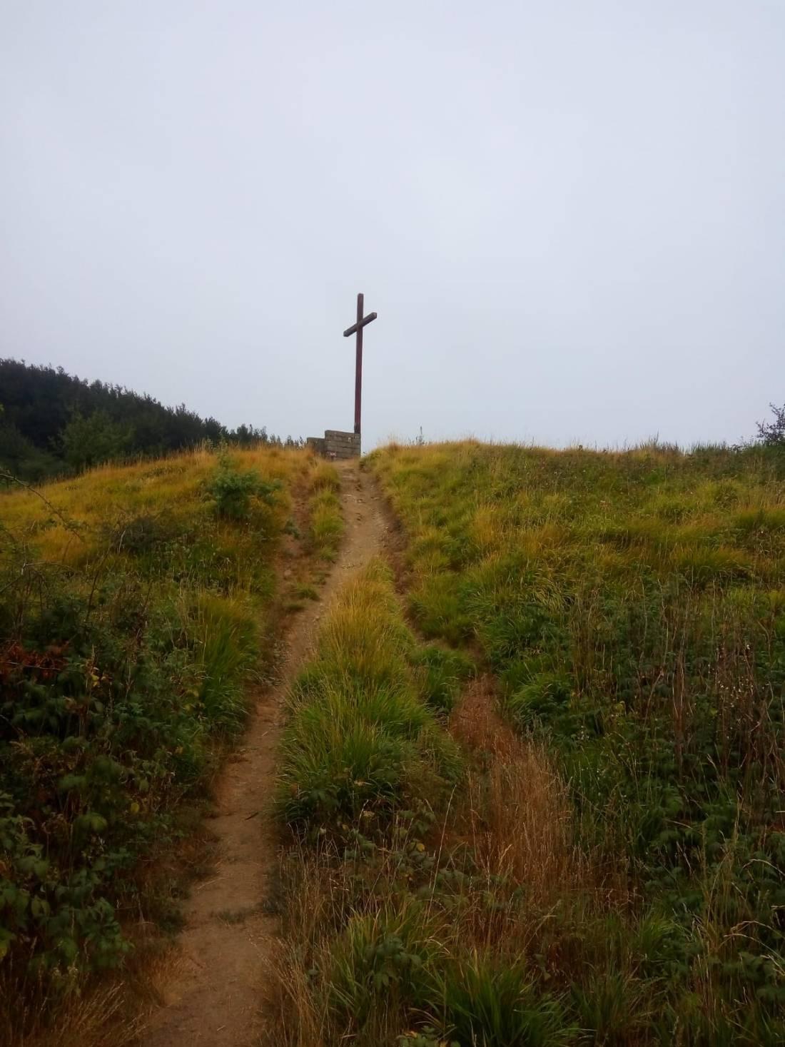 croce-monte-gazzaro-via-degli-dei