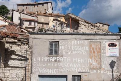 Cammino Terre Mutate Tappa 7 Norcia - Castelluccio di norcia le macerie di castelluccio