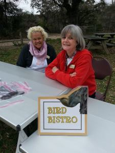 Christine Moses (l) and Barb Kier (r) at the 2015 Celebrate Urban Birds event at ANSC. Photo by CAMN member Andrea Wilhite