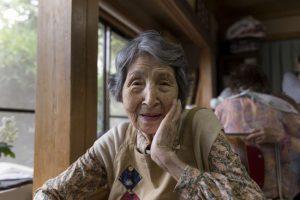 Những người già mắc chứng bệnh mất trí nhớ đang gia tăng đáng kể tại Nhật Bản.