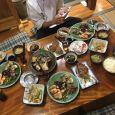 Bữa cơm được chủ quán làm cho nhân viên ở Nhật