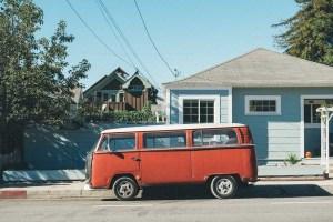 Où stationner avec son fourgon aménagé ou son van ?