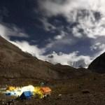 冬キャンプ初心者はホットカーペットか電気毛布を準備せよ。