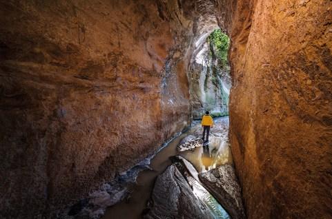 Cave de Fosso del Drago by P. Petrignani