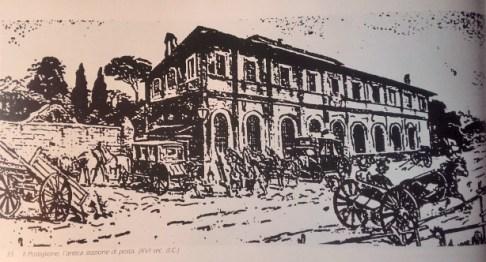Fontana del XX Miglio, a sinistra, dietro i carri