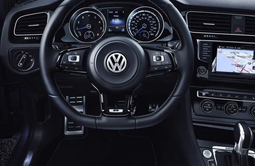 Volkswagen Golf R_12_cotw