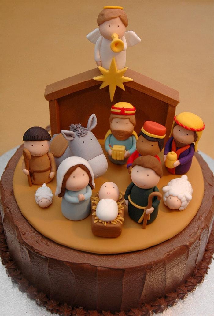 10-creative-christmas-cakes