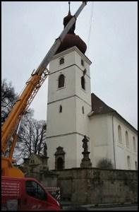 220-010-A_Věž v Liběšicích má opět zvon_PVC