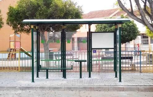 Marquesina instalada en Pilar del Prado