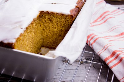 gingerbread-cake-with-lemon-glaze-31