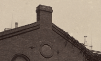 A closeup of the chimneys clearly shows the exact style of both pots.