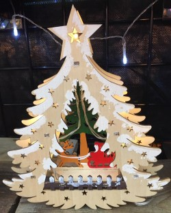 German-Look Carved Christmas Tree