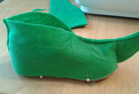 DIY elf shoes 09  CampClem