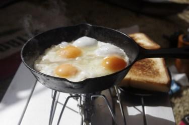 キャンプで料理をするために必要な調理道具を揃えよう!