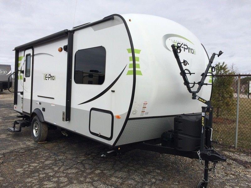 Cosy home 2017 Forest River Flagstaff E Pro camper trailer