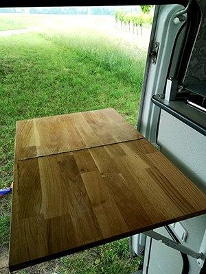 Van ausklappbare Küchenarbeitsplatte