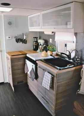 Amazing RV Hacks Cleaning Tips Ideas17