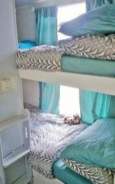 Badass DIY Camper Van03