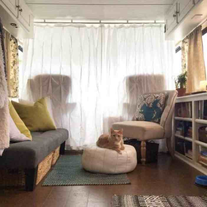 31 Excellent Ideas To Decorating Rv Interior Camperism