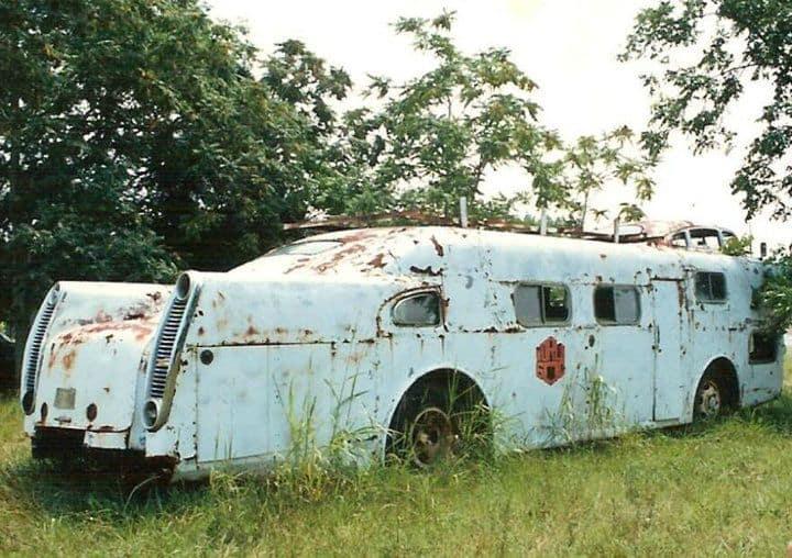 Best Cool Caravans, Camper Vans (RVS) Ideas For Traavel Trailers33