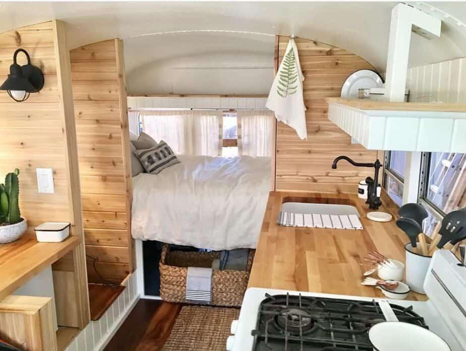 skoolie conversion 37 camperism. Black Bedroom Furniture Sets. Home Design Ideas