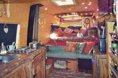 Van Home 34