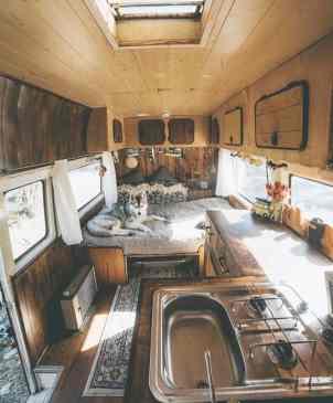 Van Home 40