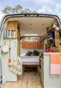 Van Home 44