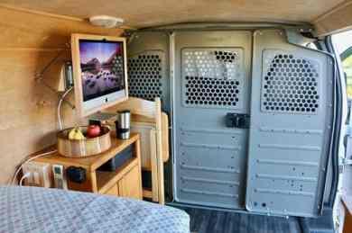 Van Home 48