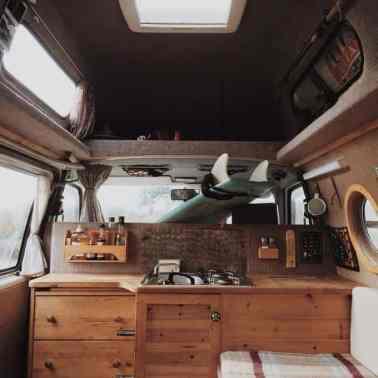 Van Living 11