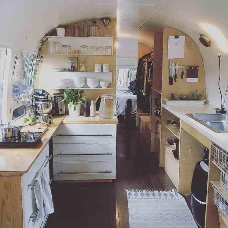 Van Living 27