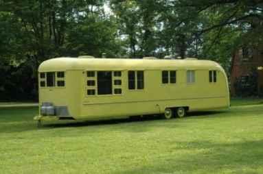 Old Camper 27