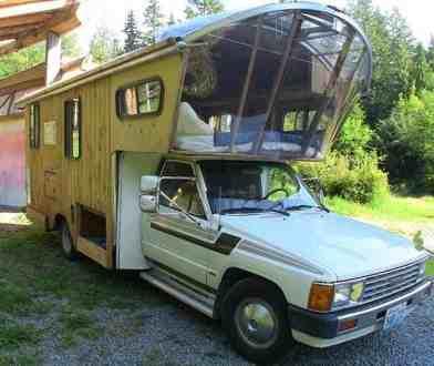 Van Home 9