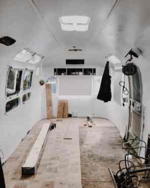 Airstream Trailers 19