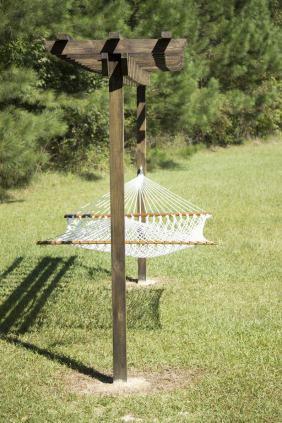 Hammocks & Swings 14