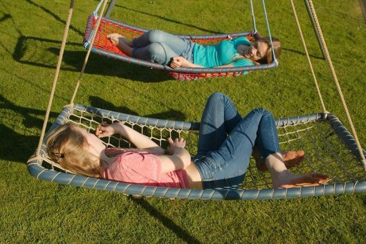 Hammocks & Swings 19