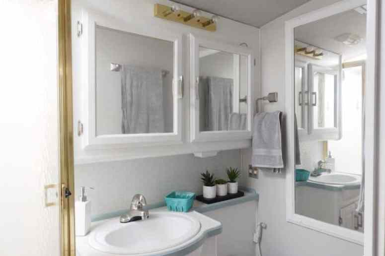 Rv Bathroom Layout