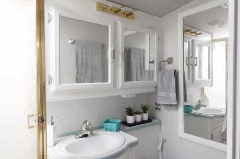 Rv Bathroom Layout