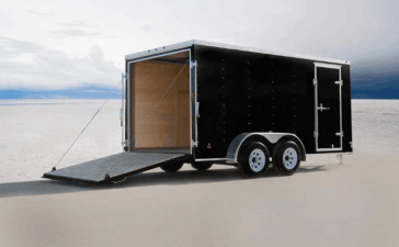 Enclosed trailer with AC