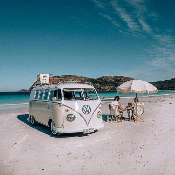 10 Models of Volkswagen Vans That are Suitable for Camping and Photo Taking