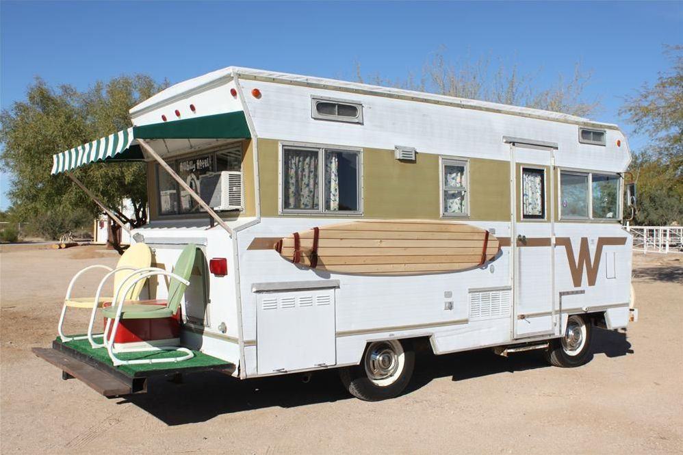 14 Best Vintage Camper Turned Glamper