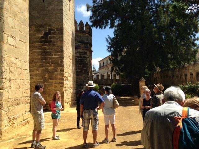 De kasteelmuur die een executiemuur werd tijdens de Spaanse burgeroorlog. Plaats: het kasteel van El Puerto de Santa Maria.