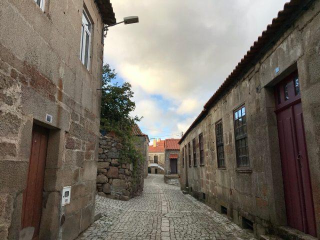 Het oude, granieten binnenstadje van Mêda.