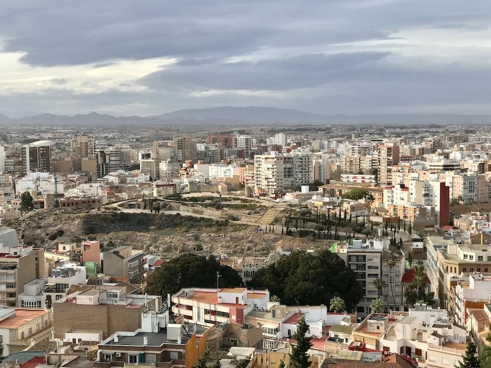 En vanaf het Castillo kun je met gemak ook Pico Molinete bekijken.